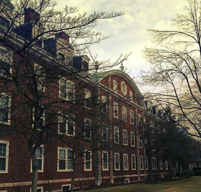 Harvard © Chris Hawes/ Flickr