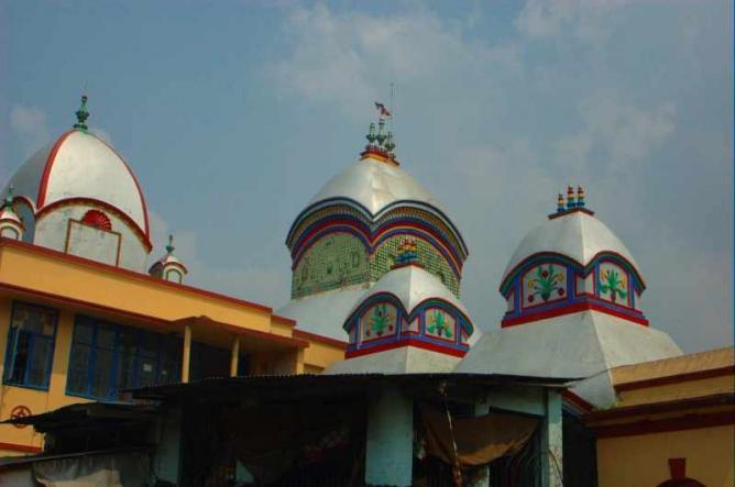 Kalighat temple roof   © Giridhar Appaji Nag Y/WikiCommons