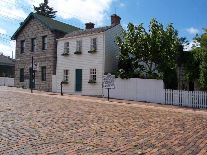 Mark Twain Boyhood Home & Museum, Hannibal, Marion County   © Danielle Kellogg/Flickr
