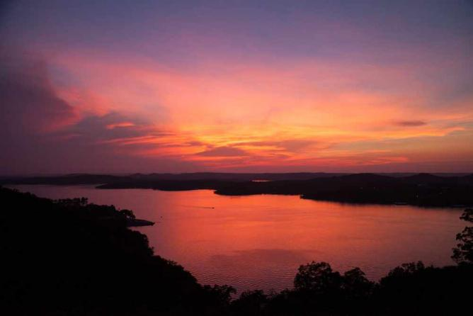 Table Rock Lake at sunset, Stone County | Courtesy of Table Rock Lake Chamber of Commerce
