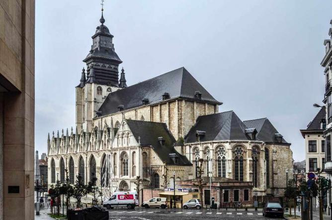 Église Notre-Dame de la Chapelle | © Morburre/WikiCommons