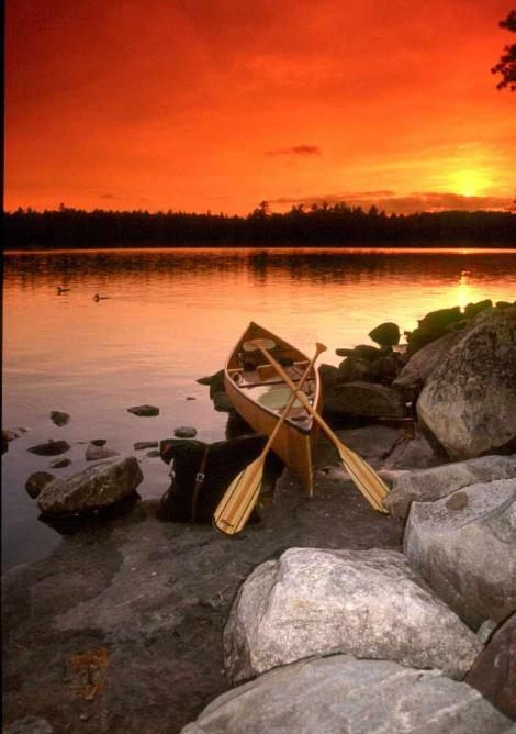 Canoeing in the Boundary Waters Canoe Area Wilderness near Ely, Minnesota | Courtesy of Ely Chamber of Commerce
