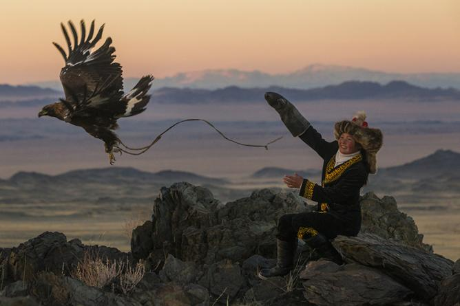 Female Eagle Huntress  © Asher Svidensky