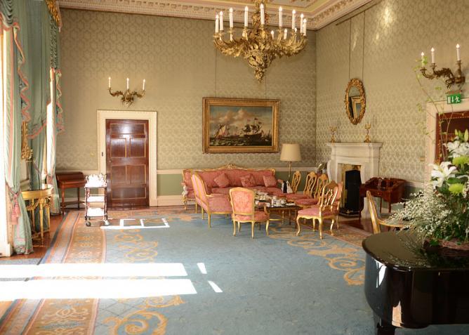 A sitting room at Aras An Uachtaráin