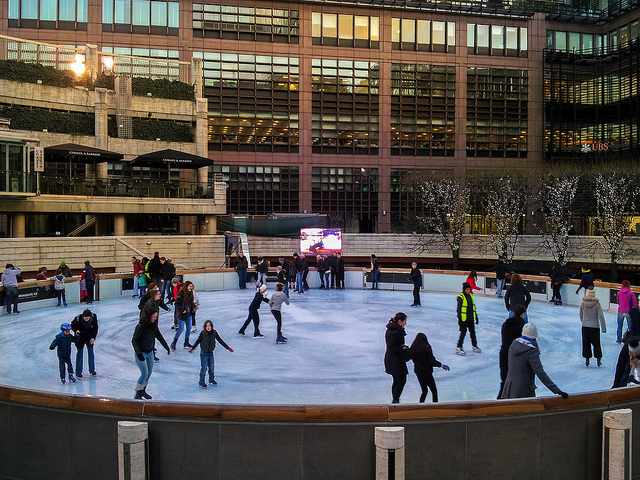 Broadgate Ice Rink © Garry Knight /Flickr