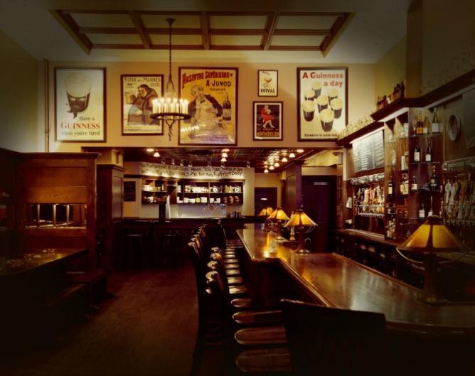 The 10 best craft beer bars in manhattan new york city for Craft beer bars new york