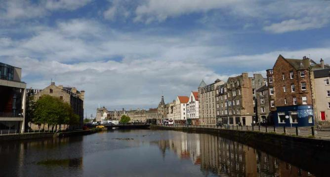 Leith, Edinburgh | © John Lord/Flickr