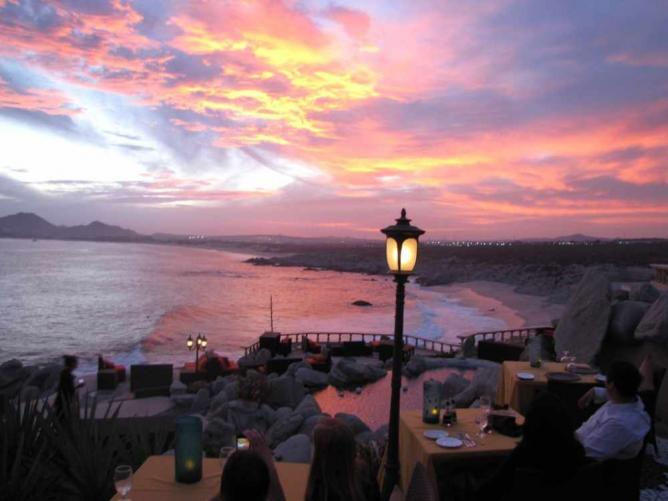 The Best Waterfront Restaurants In Los Cabos Mexico