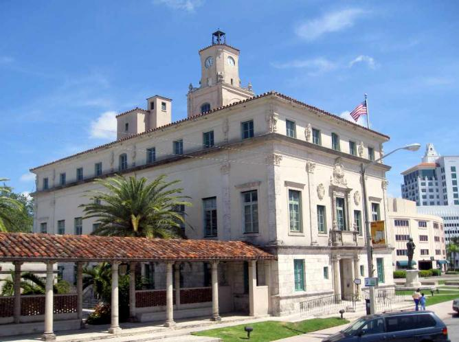 Coral Gables - City Hall | © Jared/Flickr