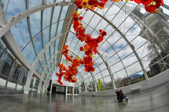 Chihuly Garden and Glass|©Chris Connelly/Flickr