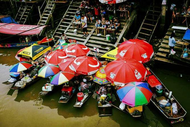 Amphawa Floating Market| © Rmunsvila/WikiCommons