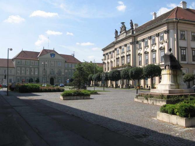 Szombathely, Berzsenyi square