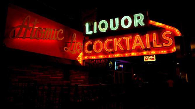 Atomic Liquors | © Tom Hilton/Flickr