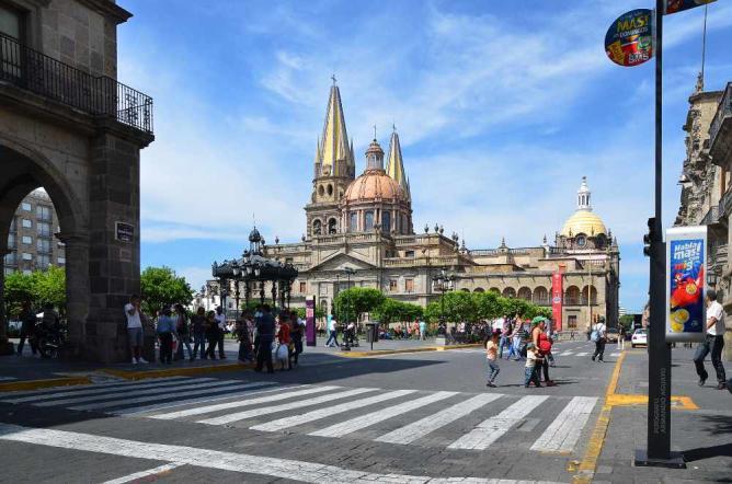 Guadalajara cathedral © Armando Aguayo Rivera/Flickr