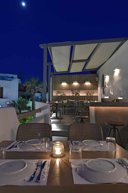 Romantic rooftop terrace Les Amis