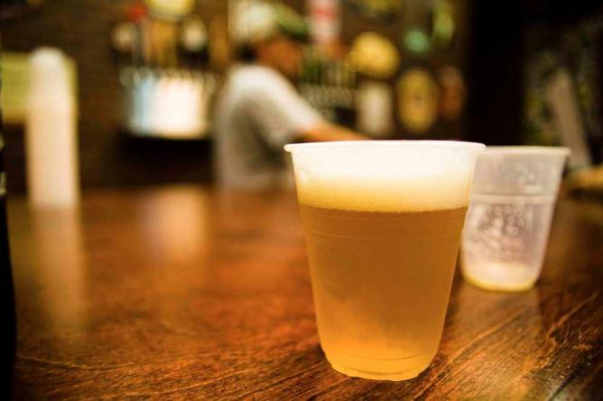 Growlers craft beer & ales tasting