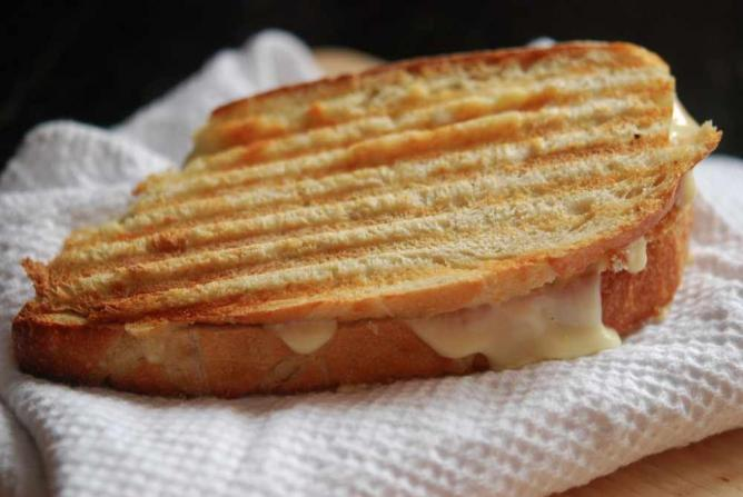 Grilled Cheese | © Vanessa Druckman/Flickr