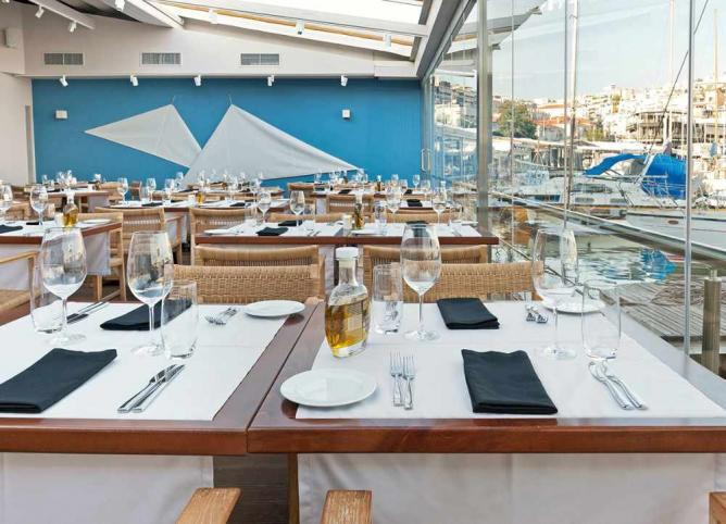 Varoulko Seaside Restaurant | © Courtesy of Varoulko Seaside Restaurant