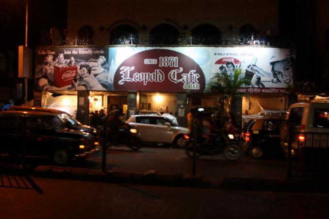 Leopold Café | ©Shankar.S/Flickr