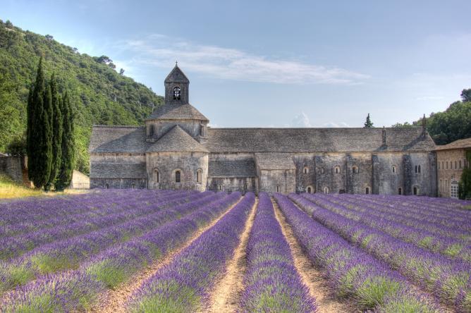 Abbaye de Sénanque I © Salva Barbera/Flickr