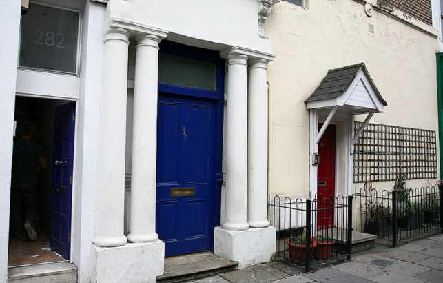 The Famous Blue Door featured in Notting Hill
