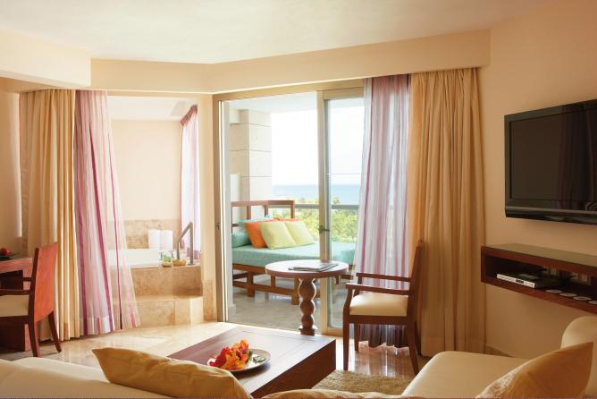 Excellence Punta Cana: Room Interior | Courtesy of Excellence Resorts