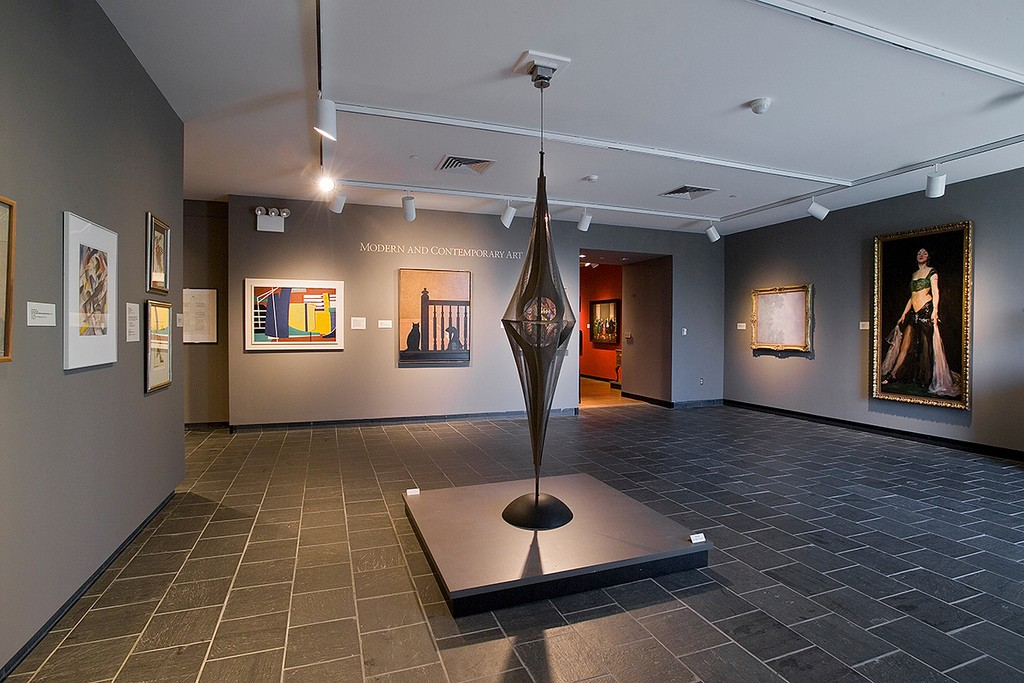 Art Museum Gallery ©Massachusetts Office of Travel & Tourism