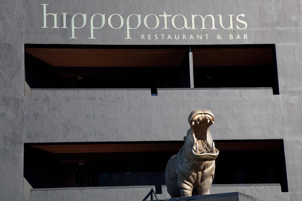 Hippopotamus Restaurant & Bar | ©russellstreet/Flickr