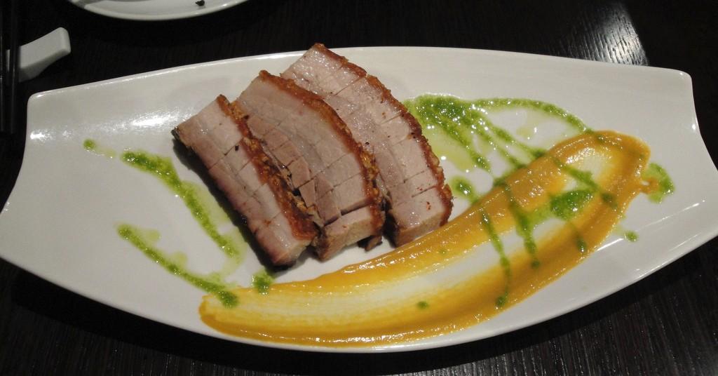 Crispy Cantonese Pork Belly | ©smalljude/Flickr