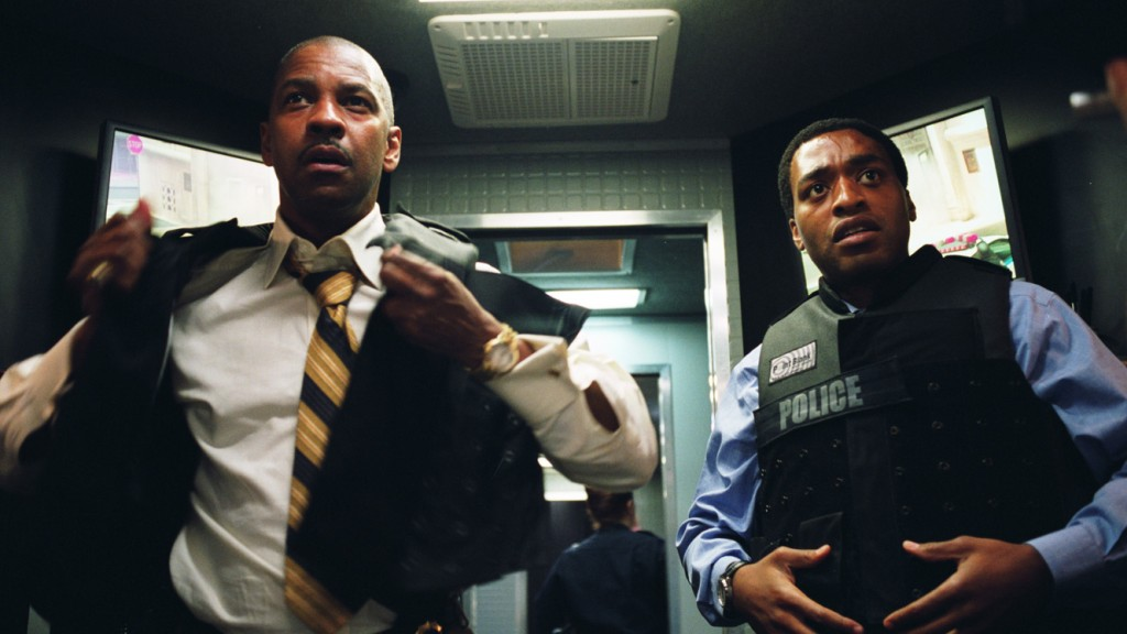 Denzel Washington and Chiwetel Ejiofor in Inside Man | Sony Pictures