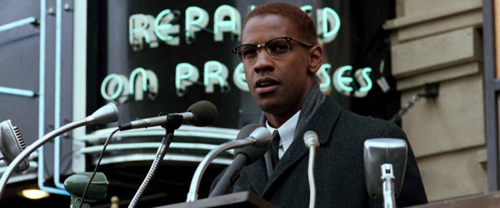 Denzel Washing as Malcolm X | © Warner Bros.