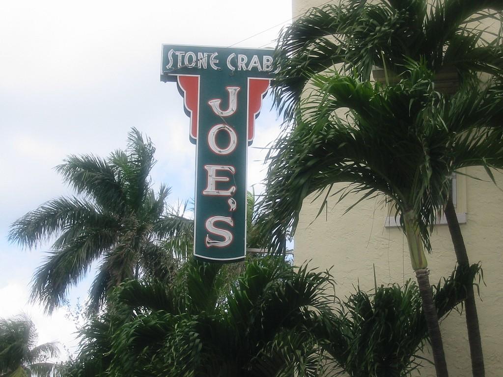 Sign ©Joe's Stone Crab
