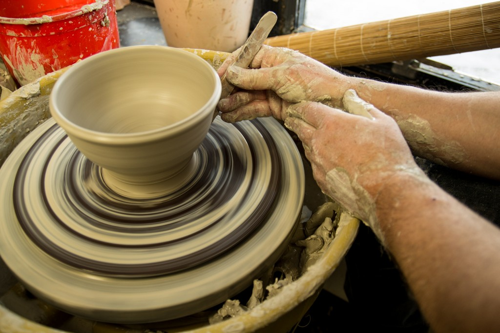 Throwing Pottery Bowl | ©Stevesworldofphotos/Flickr