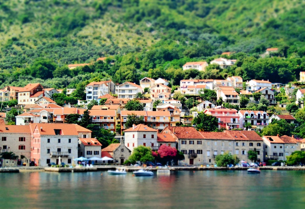Perast, Bay of Kotor, Montenegro | ©SarahTz/Flickr