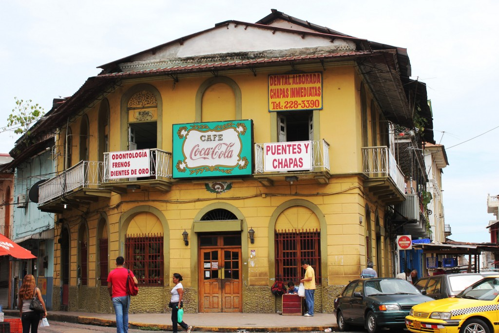 Café Coca Cola, Panama City | ©Mónica Mora/Flickr