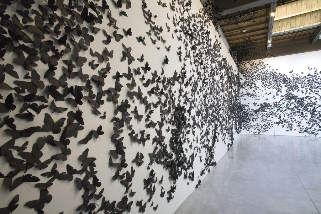 Black Cloud, 2007. Black paper moths. © Carlos Amorales.