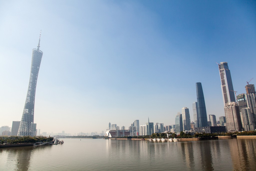 Guangzhou Skyline, Canton Tower (Left) | ©Terry Y M LIU/Flickr
