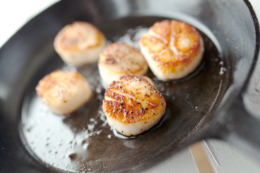 Seared Scallops at the Muse Restaurant © Shutterstock / RBerger