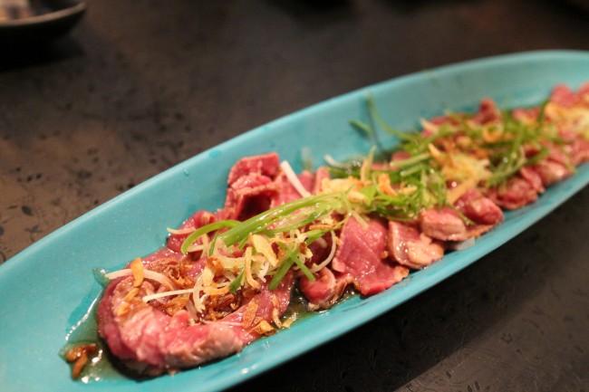Beef Tataki| ©Elsiehui/Flickr