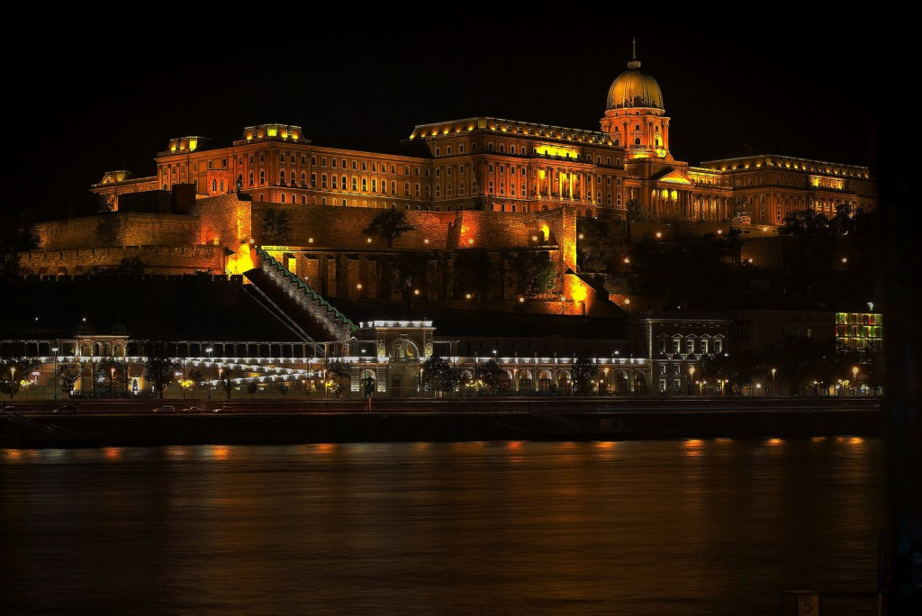 Budapest at Night | ©Thomas Depenbusch/Flickr