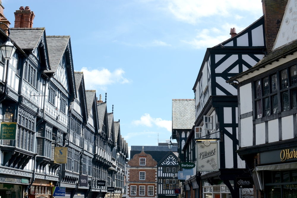 St. Werburgh Street next to Chester cathedral, Chester city centre, Cheshire, UK ©Tornadoflight / Shutterstock