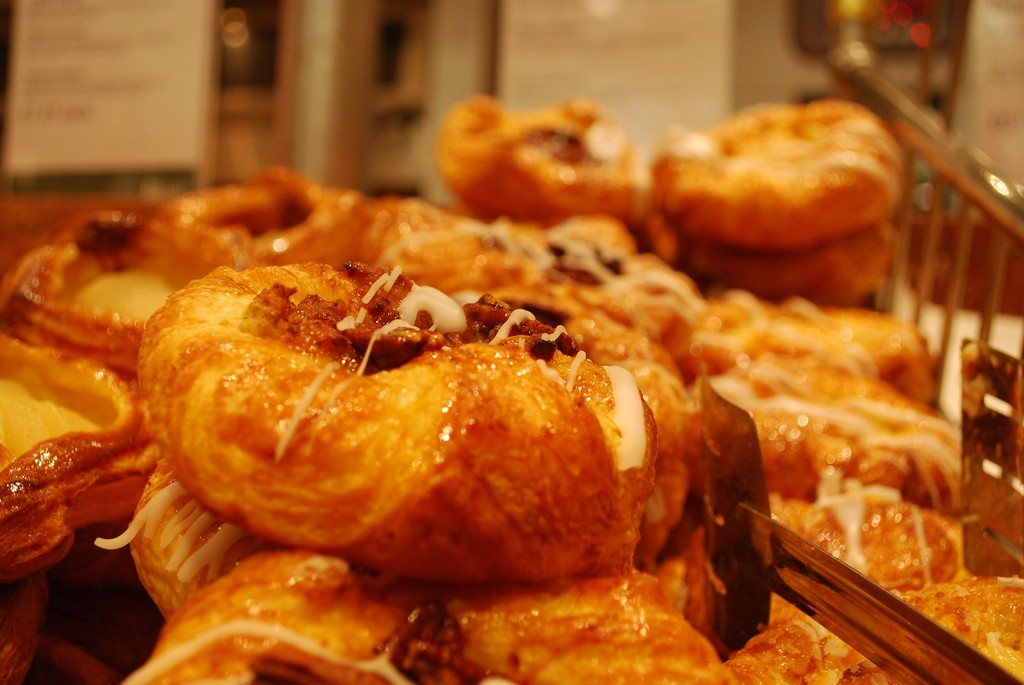 Harrods Pastries | ©Kevin Gessner/Flickr