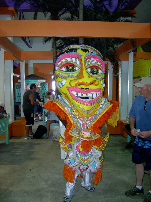 Junkanoo Dancer | © Mike Burton/Flickr