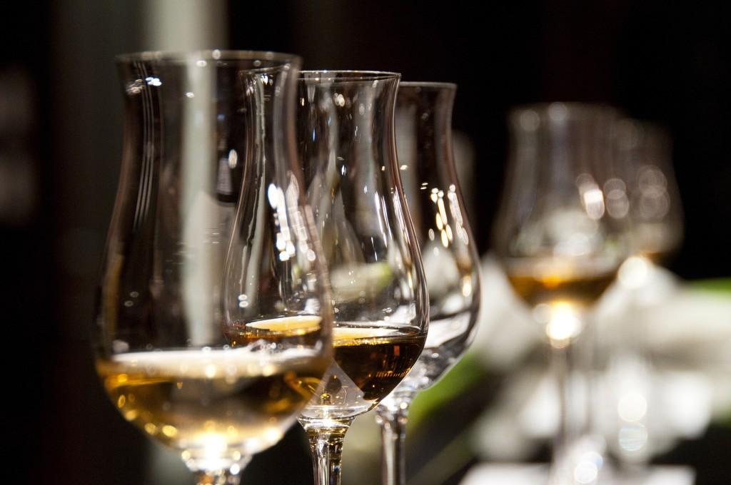 Glass of wine at Kvartira 44 © Pixabay