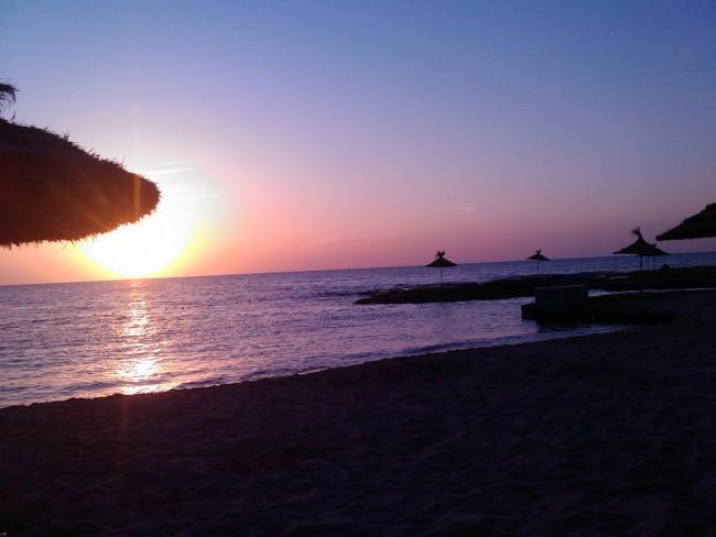 Beach, Tripoli | © Tarek Siala/Flickr