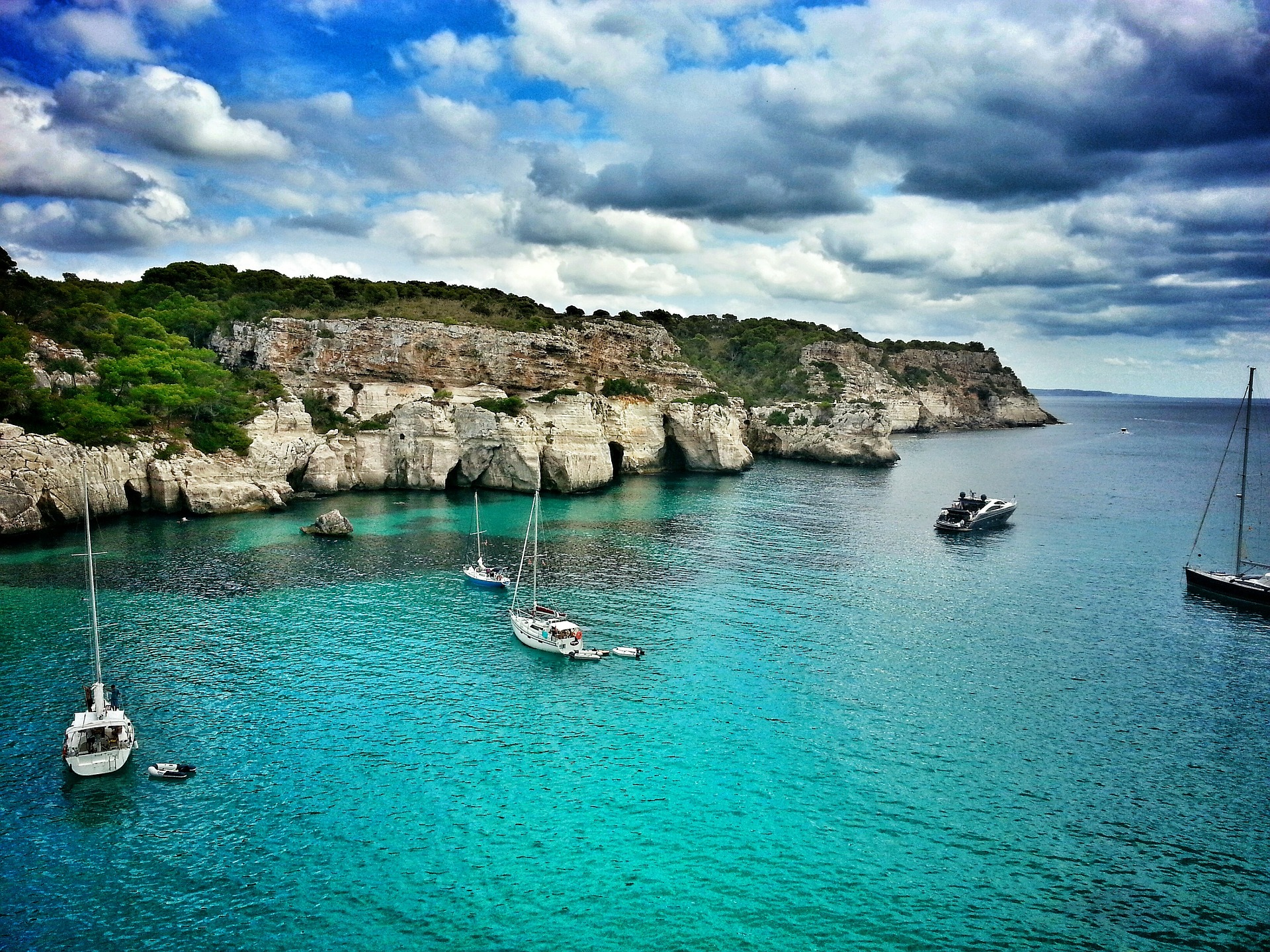 French Kitchen Island Menorca S 10 Unmissable Events And Festivals In August 2014