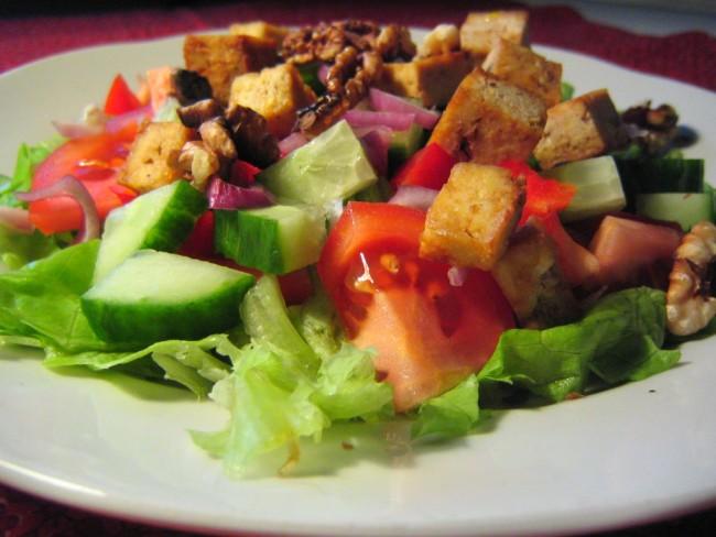 Salad | © rusvaplauke/Flickr