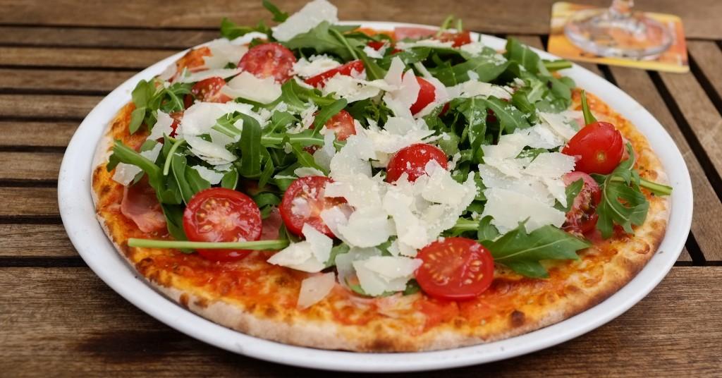 Freshly Baked Pizza  ©Diekatrin/Flickr