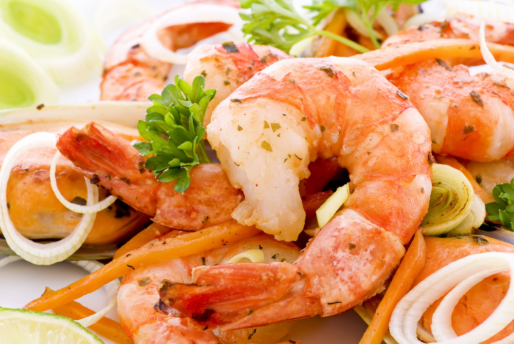 In its intimate setting, diners can enjoy seafood, game, mushrooms and vegetables foraged © Hlphoto / Shutterstock