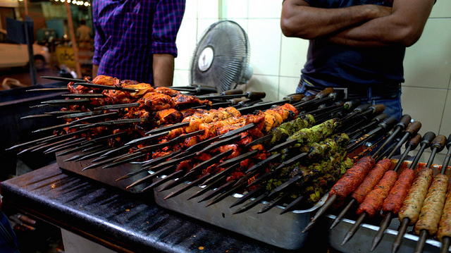 Barbecued Indian Street Food | © Travis Wise/ Flickr